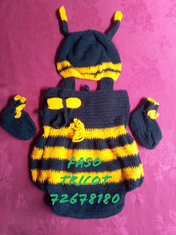 complet bébé maya l'abeille