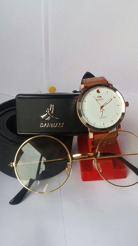 montre + lunettes + ceinture