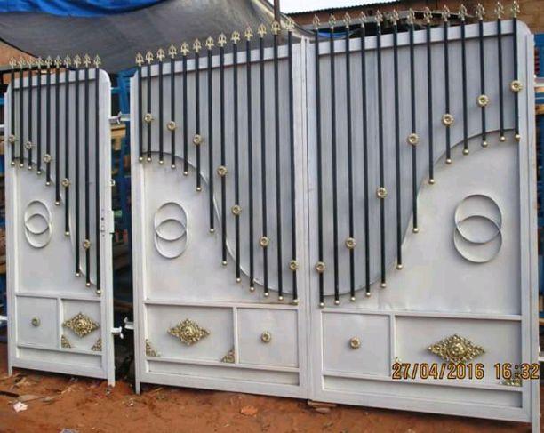 grand portail et portillon